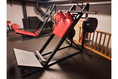 Hacksquat Nordic Gym